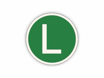 L auf grün , rundes Schild